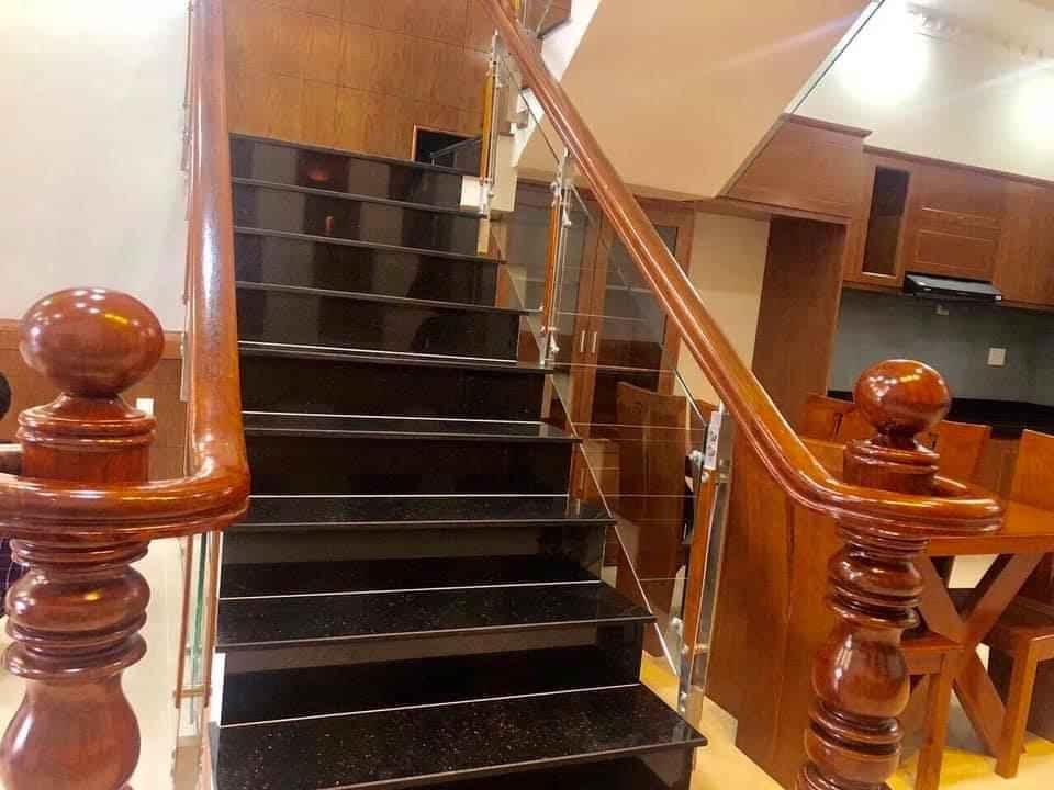 Cầu thang kính-CK05