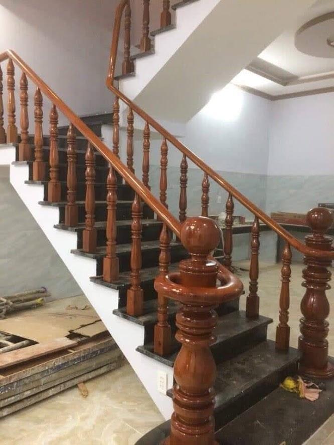 lắp đặt cầu thang gỗ biên hòa