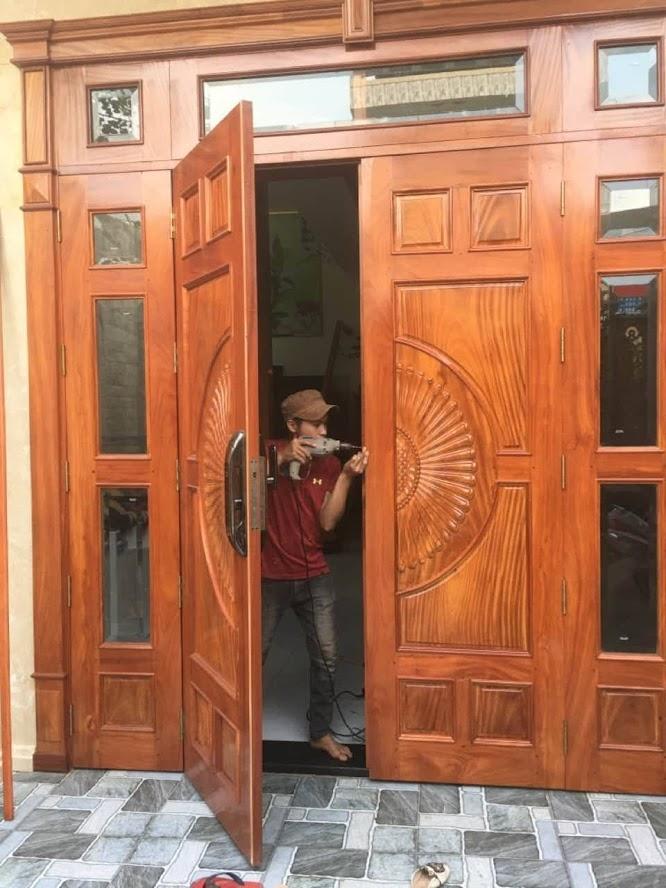 sửa cửa gỗ không khóa được Biên Hòa