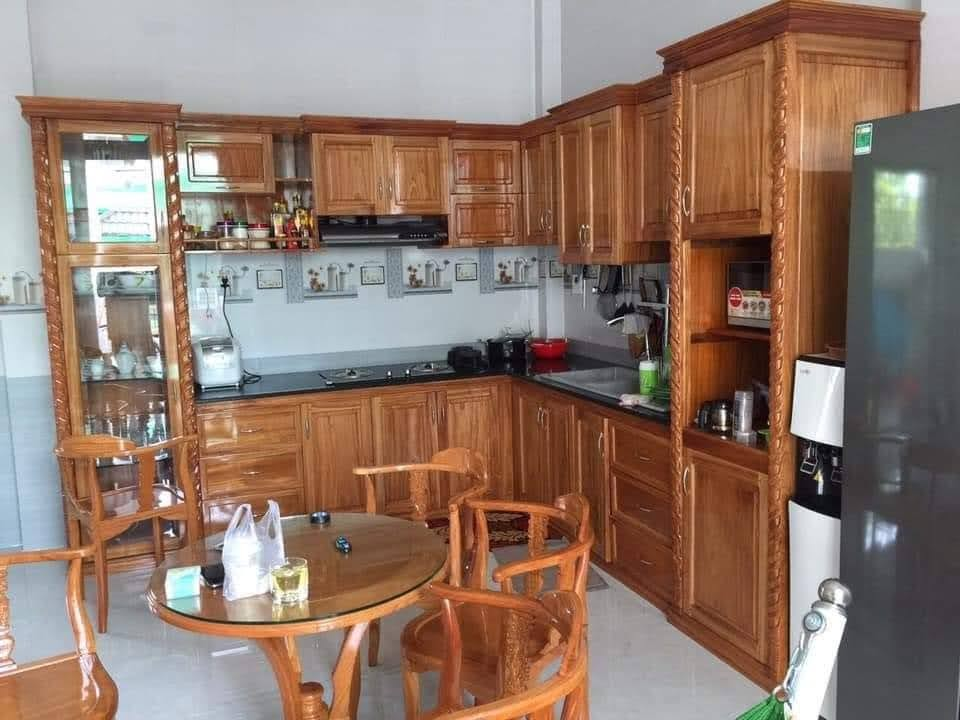 Tủ bếp gỗ gõ cao cấp