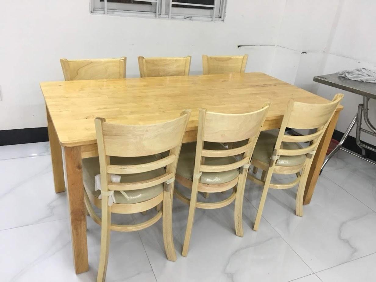 bàn ăn 6 ghế cabin biên hòa