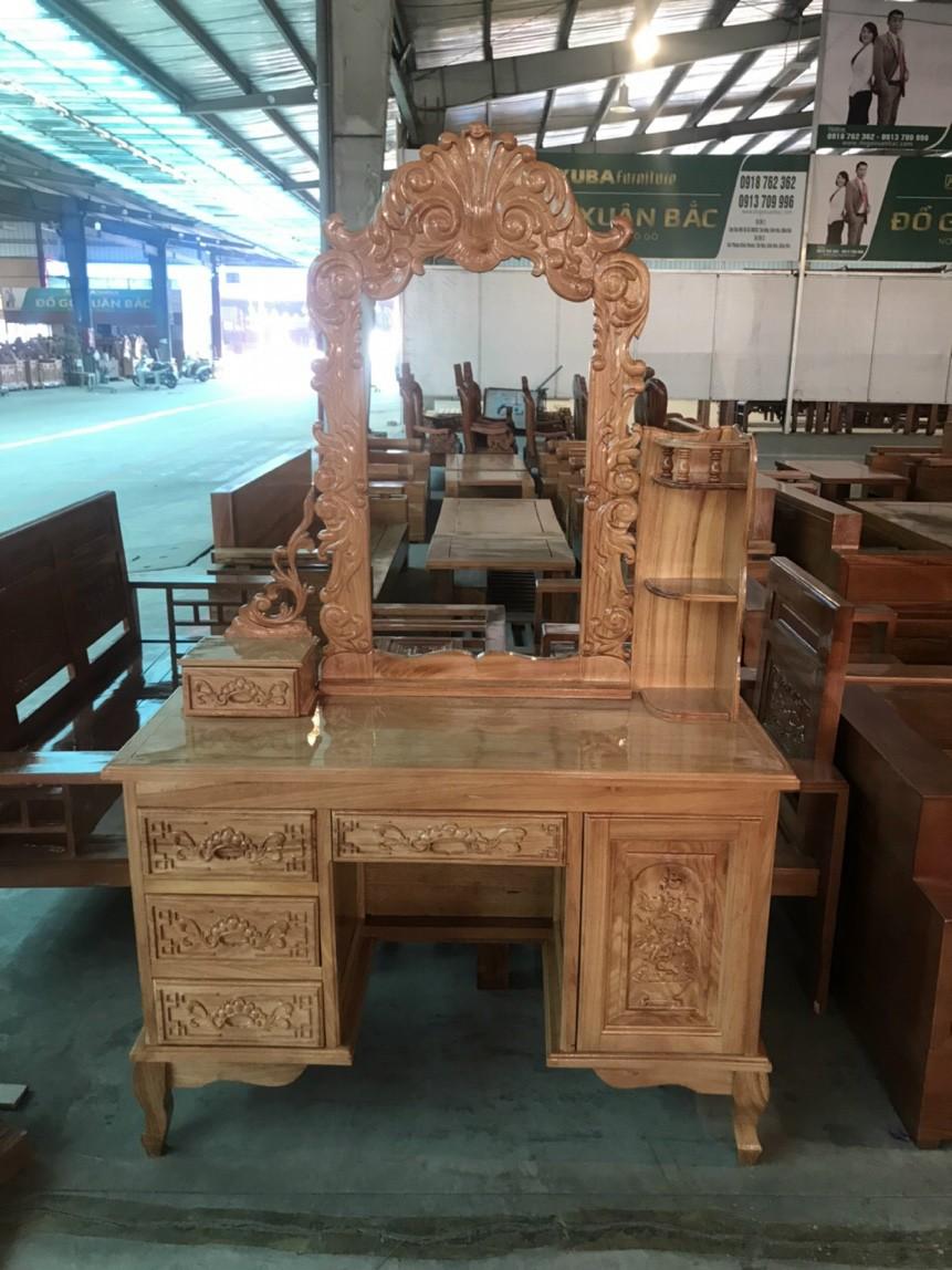 bàn trang điểm gỗ gõ chạm hoa văn tinh xảo