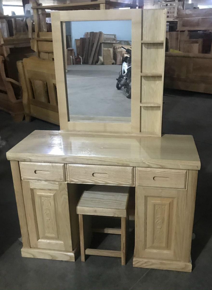bàn trang điểm gỗ sồi sơn màu tự nhiên