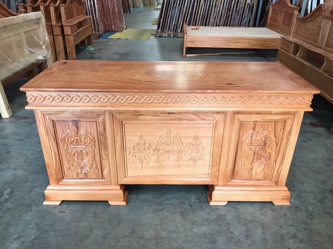 bàn làm việc gỗ gõ chạm hoa văn 1m4