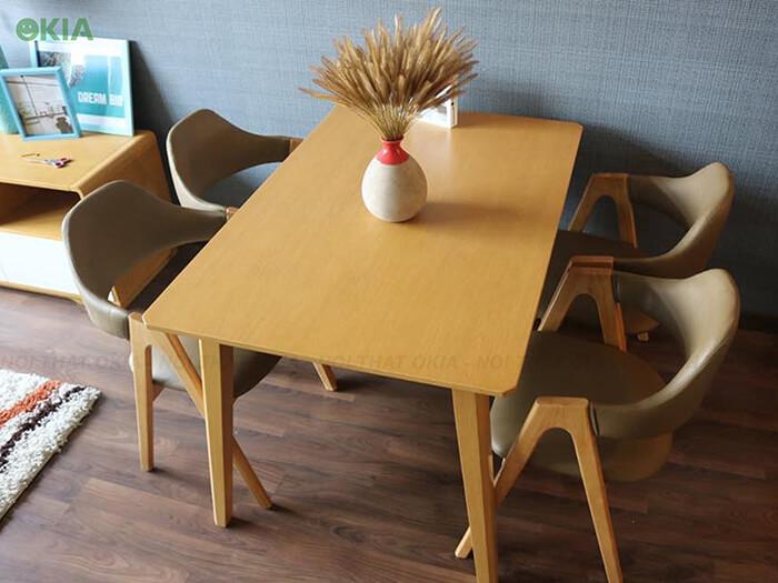 Bộ bàn ăn chữ A