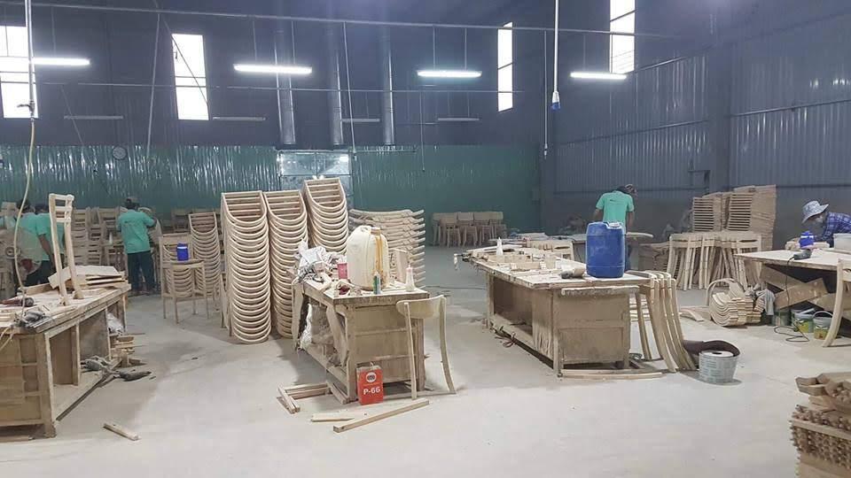 Xưởng đóng đồ nội thất ghế gỗ