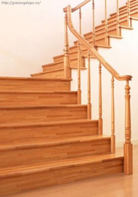 Lắp đặt mặt bậc cầu thang gỗ giá rẻ tại Biên Hòa uy tín, chất lượng